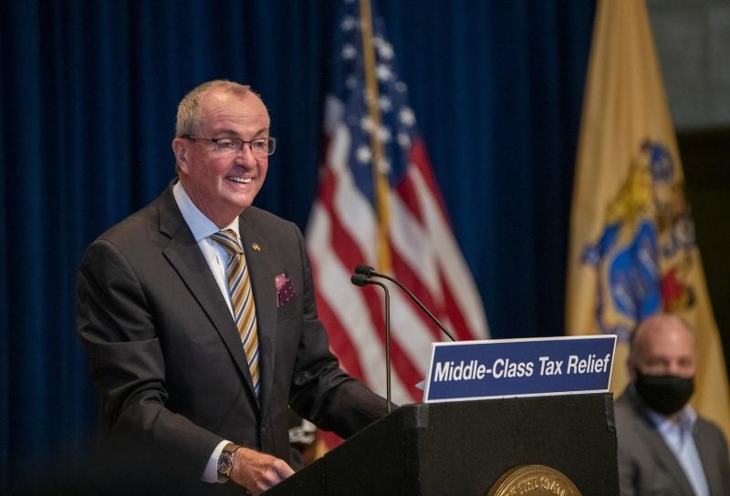 Por el Covid-19: ayuda para la clase media y más impuestos para millonarios de NJ